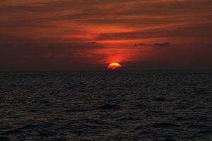 Tubbataha sunset over the ocean